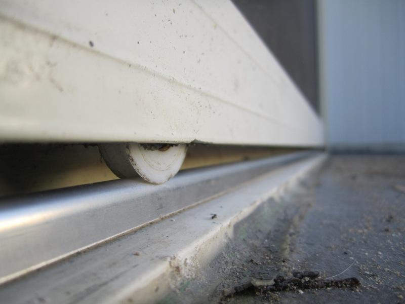 Sliding Door Repairs in Joondalup